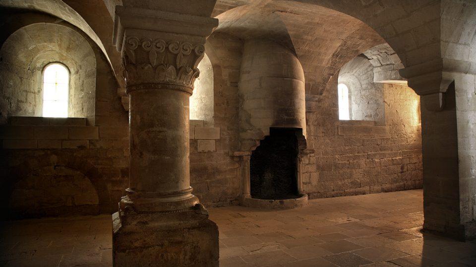 84 Senanque abbaye 30 le chauffoir