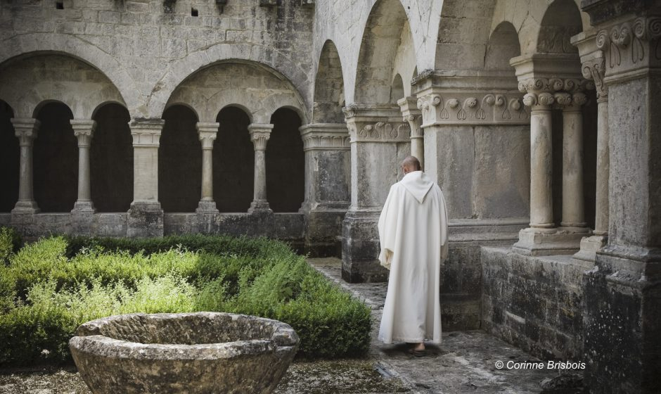 Communauté et vie quotidienne des moines a l'abbaye Notre Dame de Senanque.